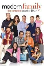 Nonton Streaming Download Drama Modern Family Season 04 (2009) Subtitle Indonesia