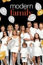 Nonton Film Modern Family Season 09 Download Streaming Movie Bioskop Subtitle Indonesia